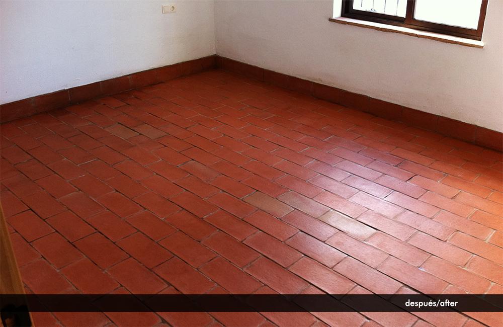 Limpiar suelo de barro beautiful gallery of limpiar y - Como limpiar las juntas del suelo de gres ...